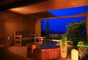 露天風呂付き客室のある旅館 心に咲く花 古久家